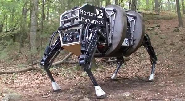 """美国波士顿动力公司研发的""""山猫""""机器人"""