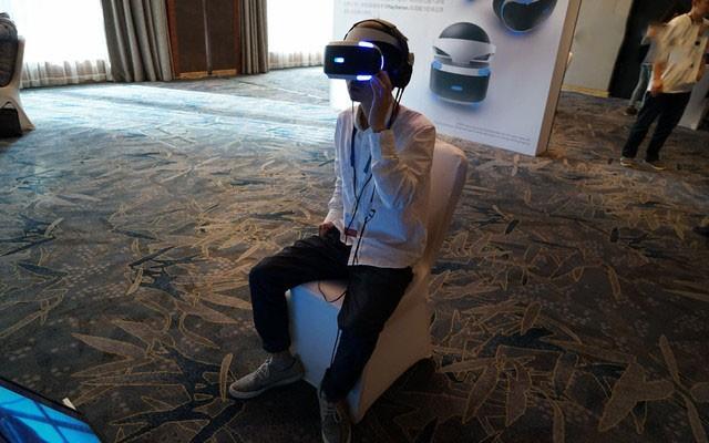 HTC 和索尼的 VR 之战,谁将笑到最后?