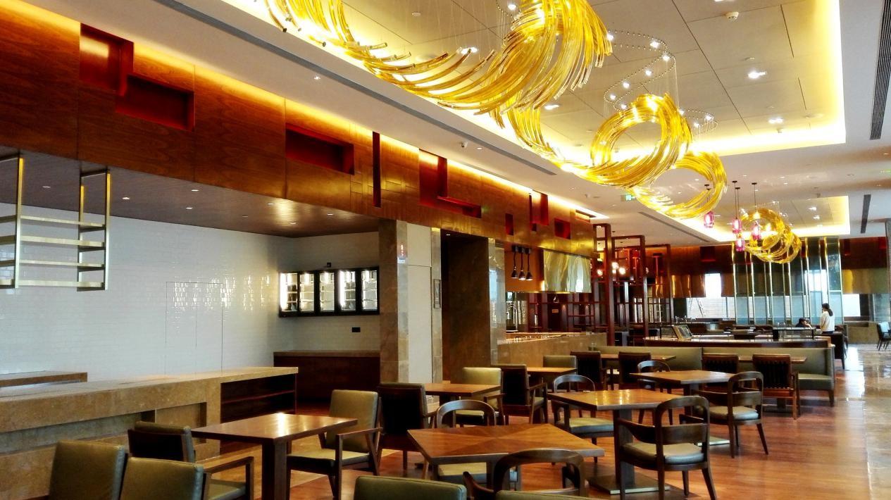 希尔顿酒店西餐厅灯光效果