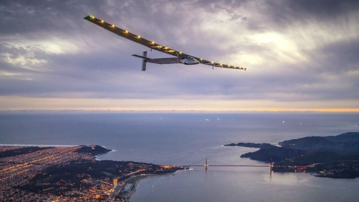 创下最远太阳能飞机飞行距离纪录