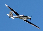 太阳能原型飞机试飞成功 未来将实现无人驾驶
