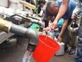 聚焦水污染事件:粪池水与饮用水现倒灌 沈阳一小区居民上泻下吐