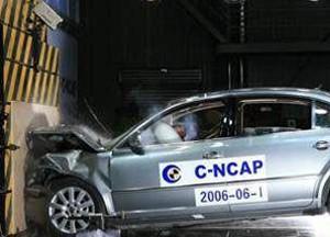 力传感器在汽车安全实验和机器人行业的应用