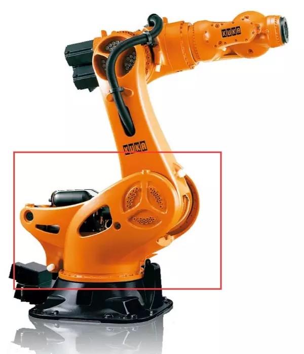 ofweek机器人网 工业机器人 正文    kuka有液压平衡缸加持,腰座部分图片