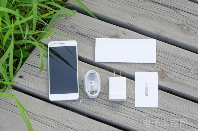 荣耀8详细评测 比iPhone手机好了不止一点点