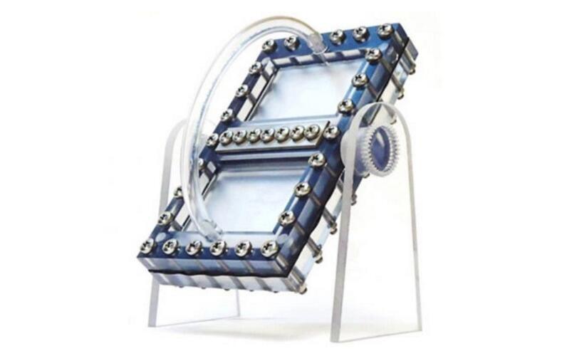 麻省理工打造新型液态电池 利用重力发电