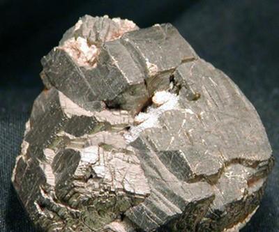 镍价涨势恐不敌高库存 铜铝供应过剩