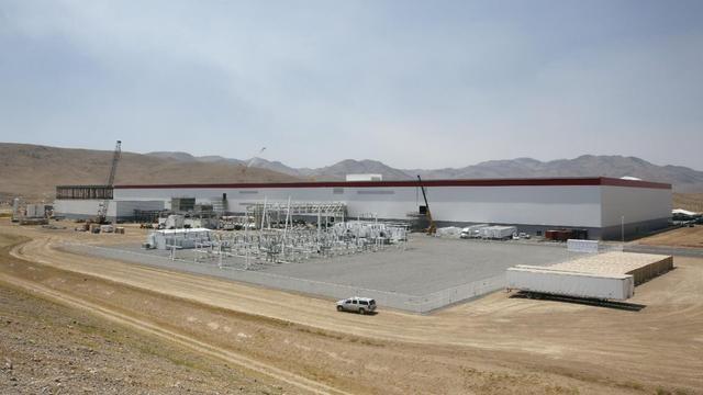 揭开特斯拉超级电池工厂的面纱:建设进度已达14%