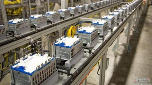 凯迪拉克CT-6插混今秋在华发布 通用或建电池厂
