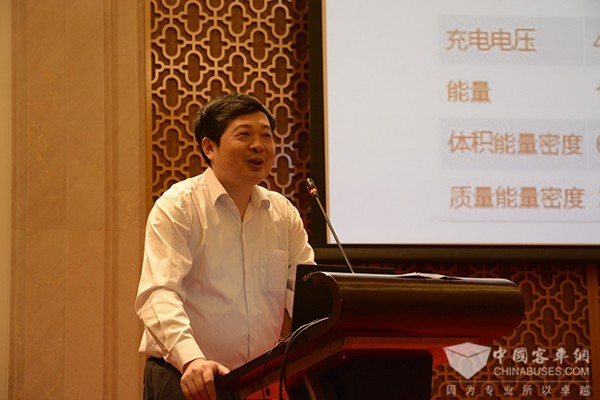 【专访】动力电池专家黄学杰:正视差距 做好动力电池