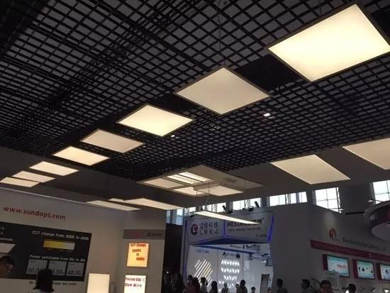LED平板灯成照明市场黑马 谁能乘势而起?