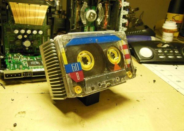 报废收音机如何处理 DIY成机器人怎么样