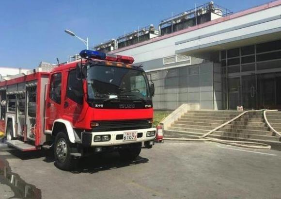 南京LG化学电池厂房失火