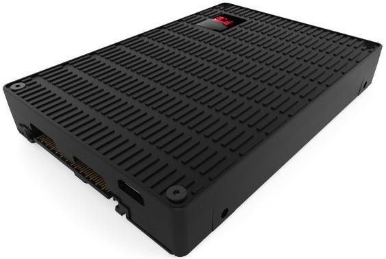 金士顿携手Liqid发布全球最快的2.5英寸SSD:读写速度3.6GB/s