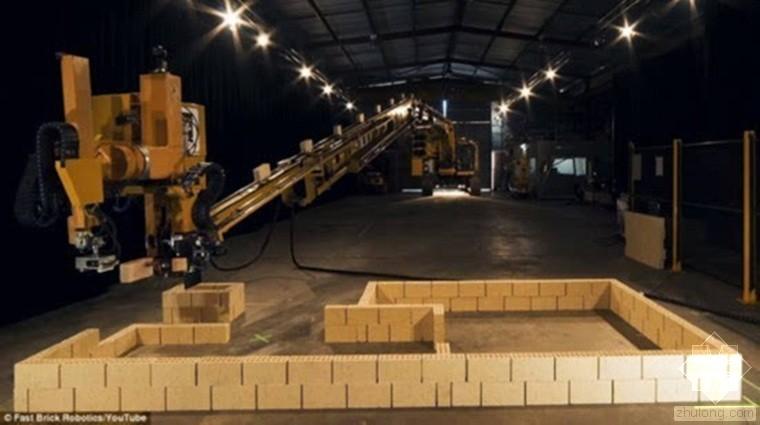 世界首台全自动砌砖机器人面世
