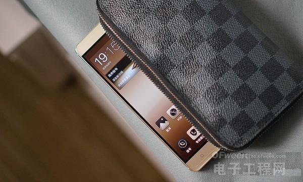 """金立M6 Plust体验评测:""""超级安全""""+""""超级续航"""" 用户可以放心使用的手机"""