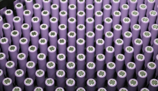 今年动力锂电池产能将突破100GWh
