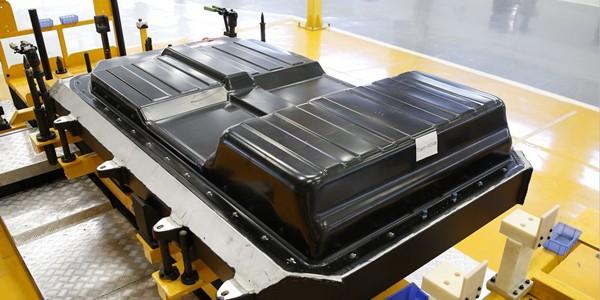 """动力电池产能过剩 2017锂电行业或面临""""大洗牌"""""""