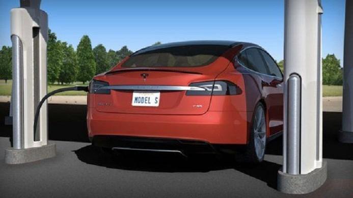 新能源汽车充电难问题待解 资本涌入背后有喜有忧