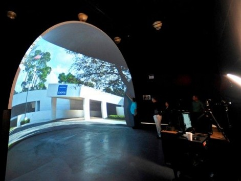 Jenoptik打造半球形巨幕:用于测试激光投影系统