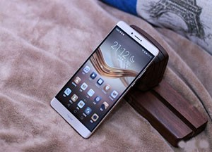 荣耀Note8评测:性价比很高 来挑战一下单手操作?