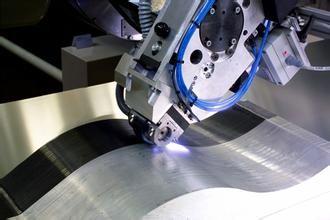 美研究人员利用激光表面处理制备高质量碳纤维