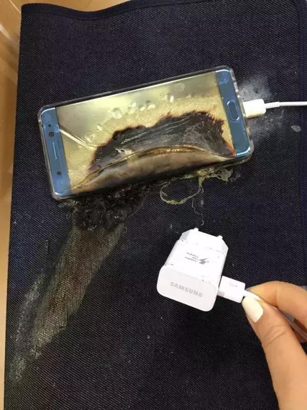 电池问题引发充电爆炸 三星宣布召回Galaxy Note7