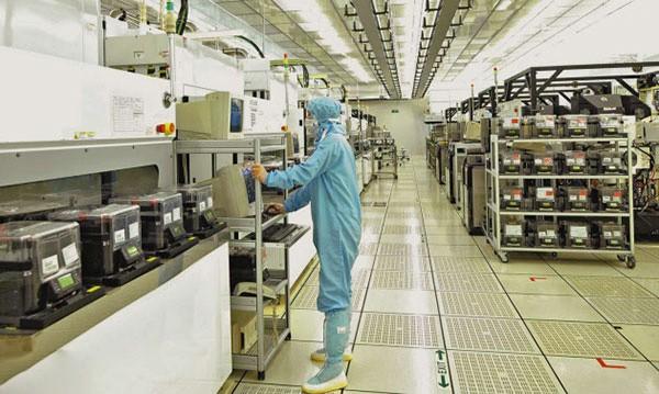 中国半导体产业投资骤增 需防范供需失衡