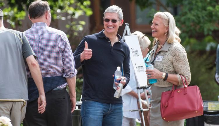"""苹果和IBM这两个曾经的死对头 怎么就""""在一起""""了?"""