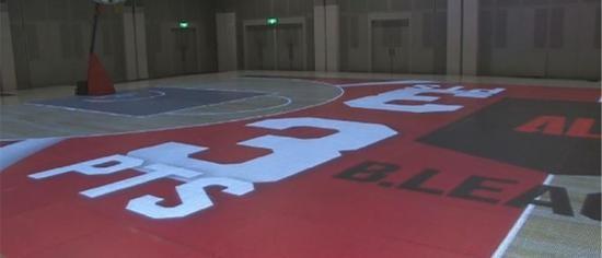 日本乙级篮球联赛使用LED篮球场