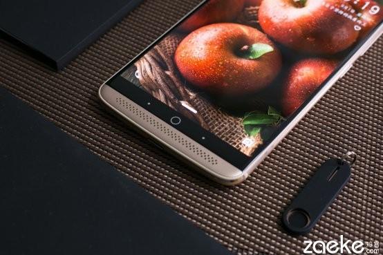 中兴 天机 7评测:顶级CPU+2K屏幕+华丽音效系统 真文武双全!