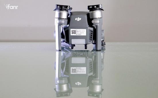 大疆可折叠无人机Mavic Pro体验评测:有哪些升级?比 Phantom 4强在哪?