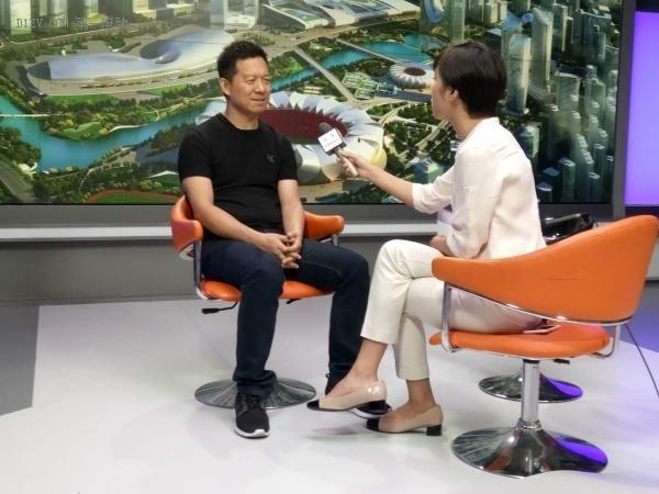 贾跃亭:乐视样车美国下线 变革传统汽车产业是时代需要