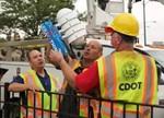 国外路灯改造建设:安装路灯传感器监控城市数据