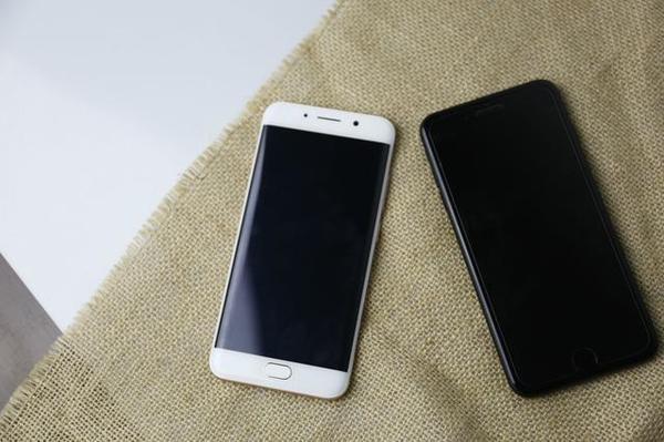 vivo Xplay6/iPhone 7 Plus对比测评:顶级旗舰的较量