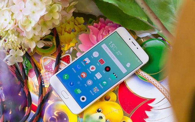 魅蓝X珠光白色版真机图赏:2016最美魅蓝手机