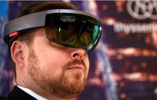 解析增强现实显示器的工作原理:憧憬全息光学透镜?
