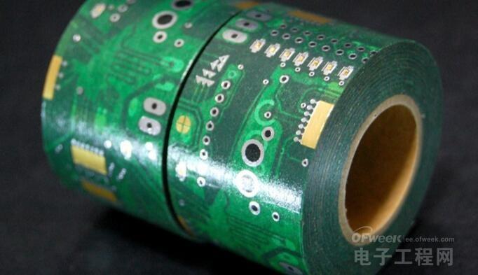 美国研究人员以纯银导电油墨打造超薄电路图案