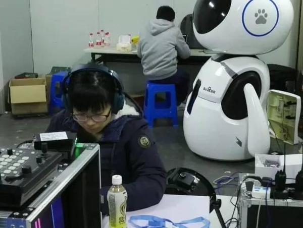 对决天才的不只是机器 而是驯服人工智能的工程师