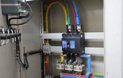 问:继电器输出异常 答:问题分析:检查接线或继电器设置