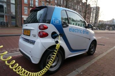 新能源汽车进入成长期