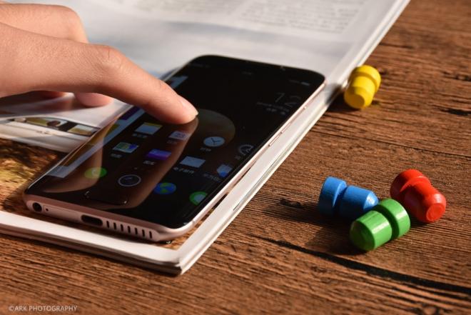 荣耀Magic评测:对于未来手机荣耀Magic有自己的想法