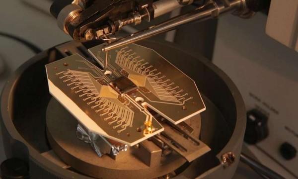 大型量子计算机技术蓝图公布