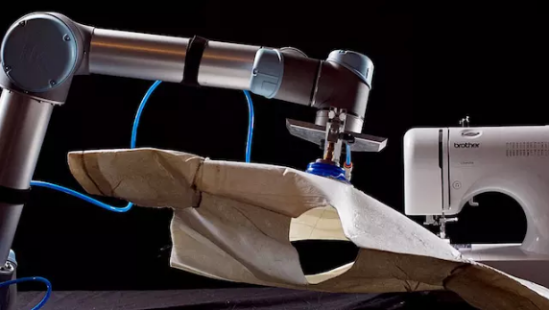 机器人自动化技术进入服装制造业