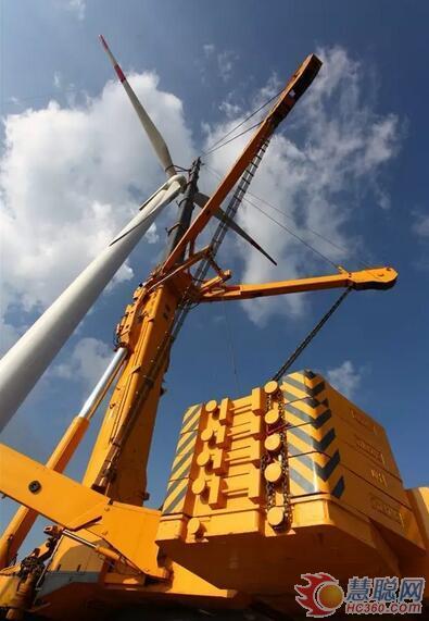 """徐工千吨级起重机让中国风电插上""""自主之翼"""""""