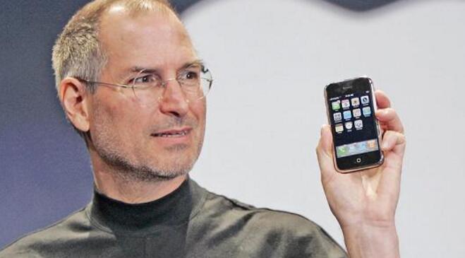 库克:乔布斯的哲学将在苹果延续100年