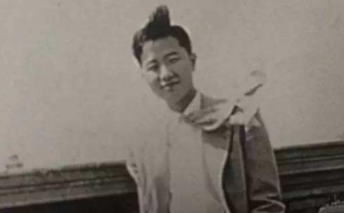 """被称台湾""""半导体教父"""" 张忠谋的传奇人生有多精彩?"""