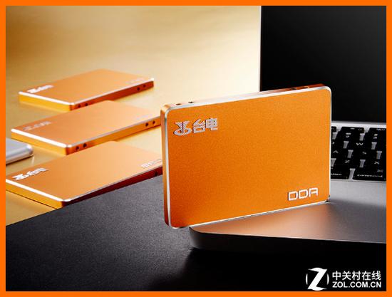 首款Intel 3D NAND芯片 SSD终于开卖了