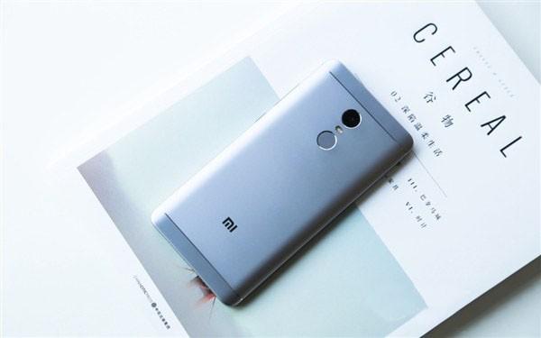 """红米Note4x和魅蓝5s对比评测:""""好看""""与""""好用"""" 如何选择?"""