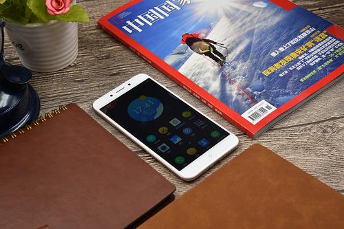 360手机N5评测:N4S骁龙版升级版 能否再次成为尺度标杆?